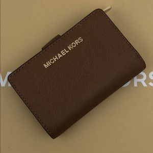 Michael Kors Bifold Wallet Luggage Brown New/NoTag